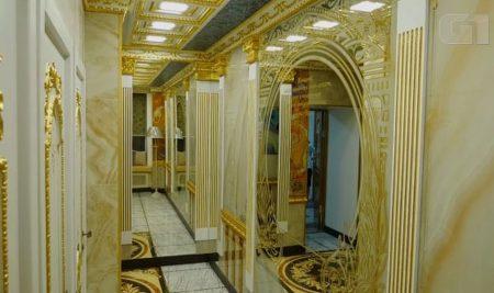 Universidade russa ganha banheiro de ouro
